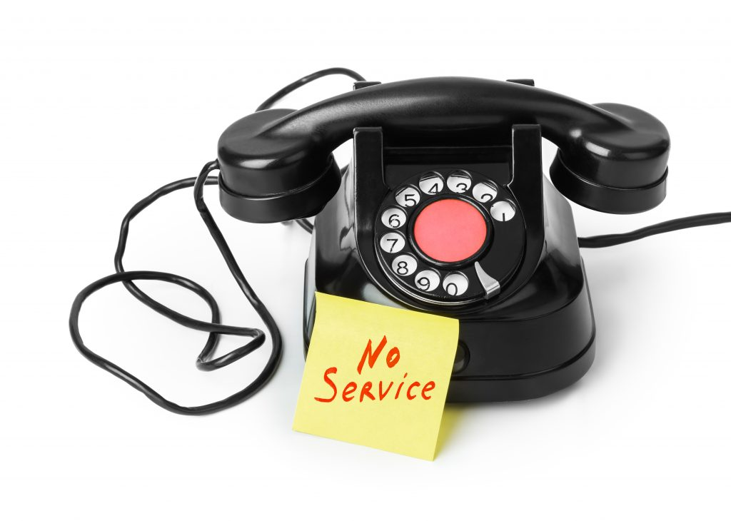 Old Black Telephone With No Service Post It Note